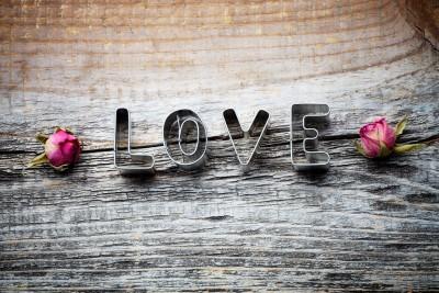 Miłość pachnąca różami - O146