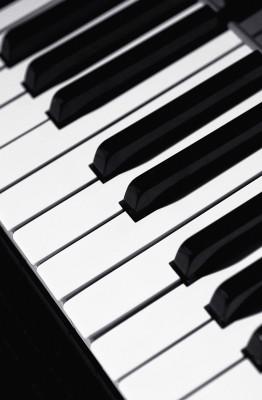 Nauka gry na pianinie - O085
