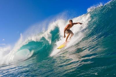 Surfing w letnim sezonie - L132