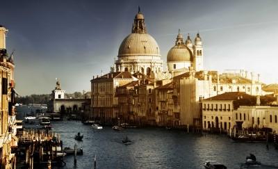 Zapadający zmrok na Wenecją - AM356
