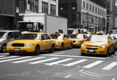 Amerykańskie taksówki w korku ulicznym - TM219
